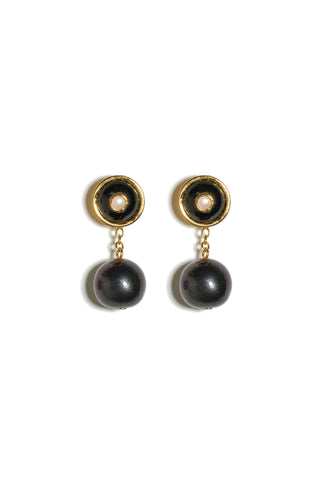 Yolo Earrings in Onyx