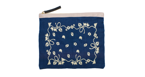 Oversized Pouch In Bandana