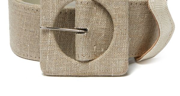 Alternate close-up detail of Agnes Belt In Linen. New season, new shape. Check out the impeccable detailing on our wide natural linen and leather belt with oversized square buckle.