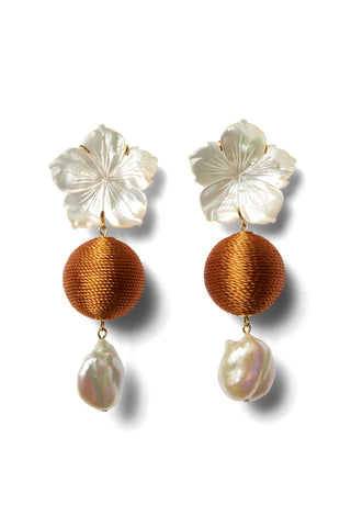 Paper White Drop Earrings In Amber