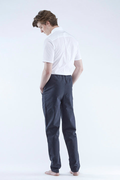 the white briefs men's chino style with a regular fit in 100% cotton twill