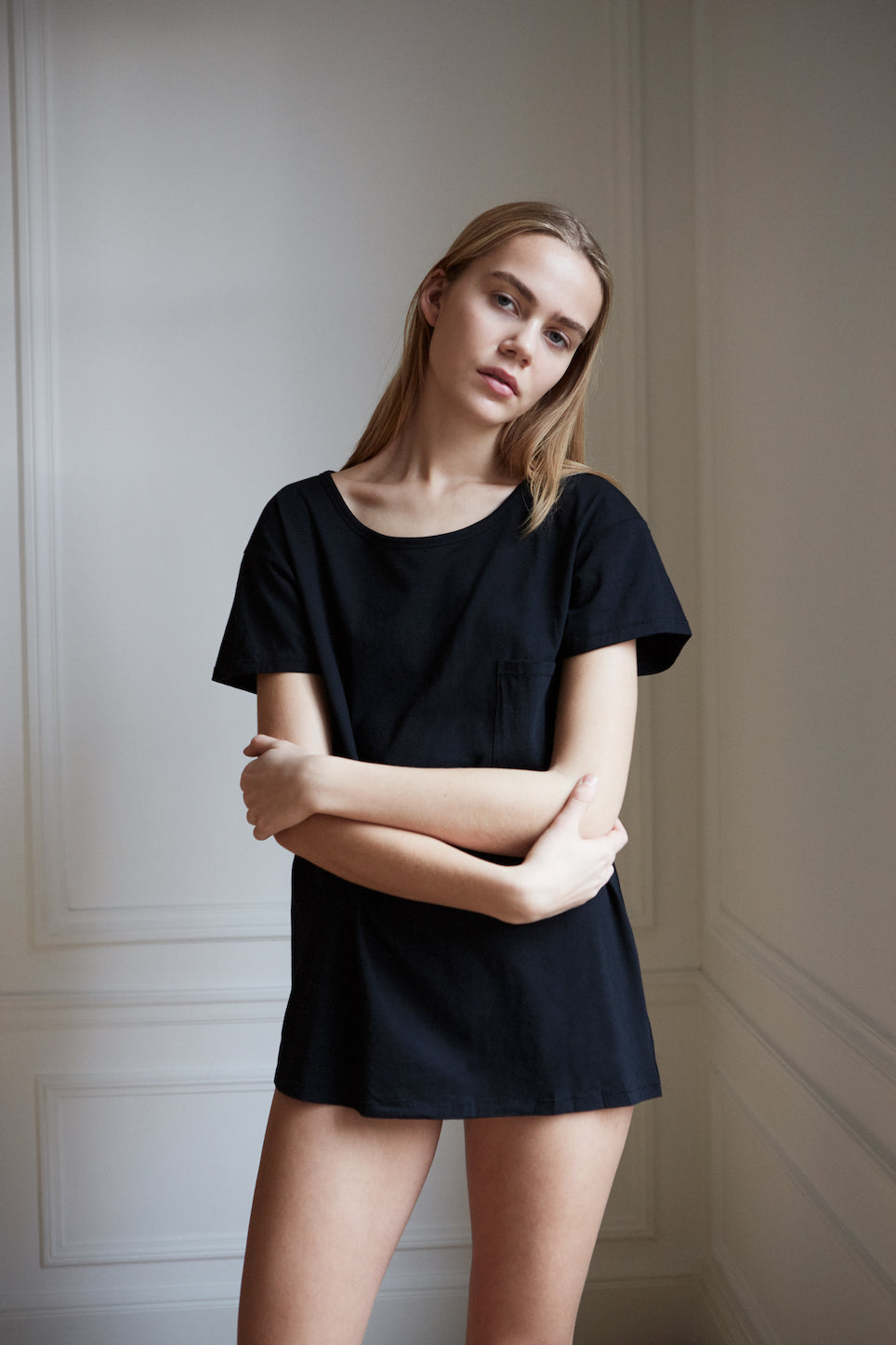 Women's loose fit organic cotton Paris t-shirt in black