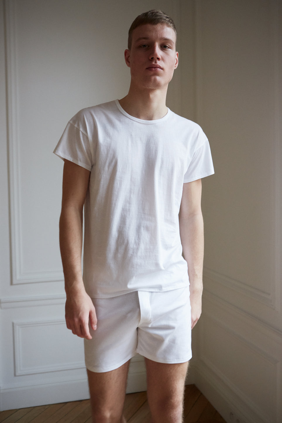 Men's relaxed fit white organic cotton short sleeve t-shirt