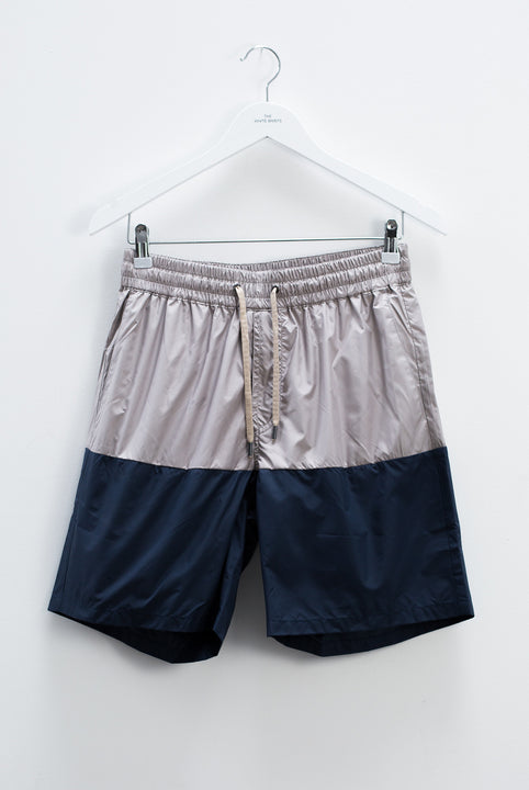 the white briefs regular fitted shorts in a recycled polyester