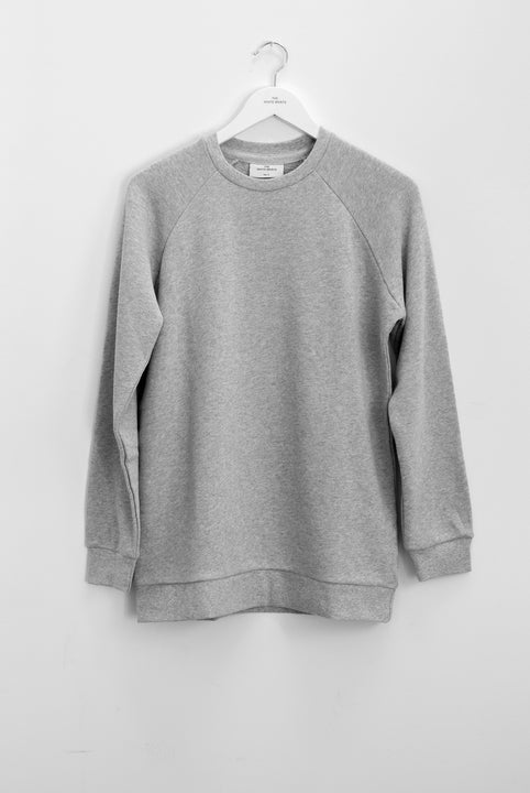 the white briefs crew neck sweatshirt in 100% organic cotton