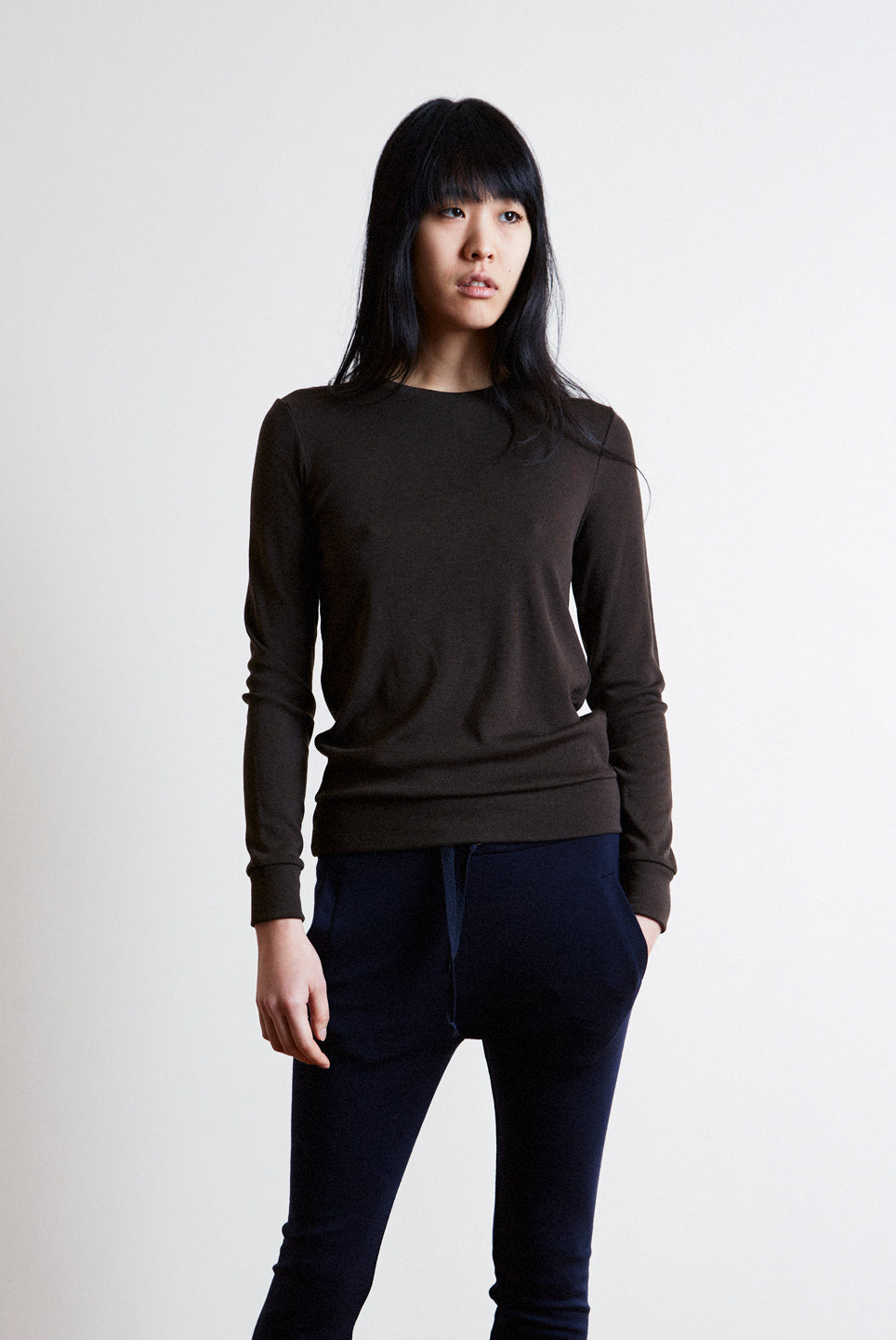 the white briefs women's sweater made in 100% fine merino wool rib