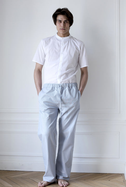 the white briefs short sleeved shirt made in a crisp cotton fabric