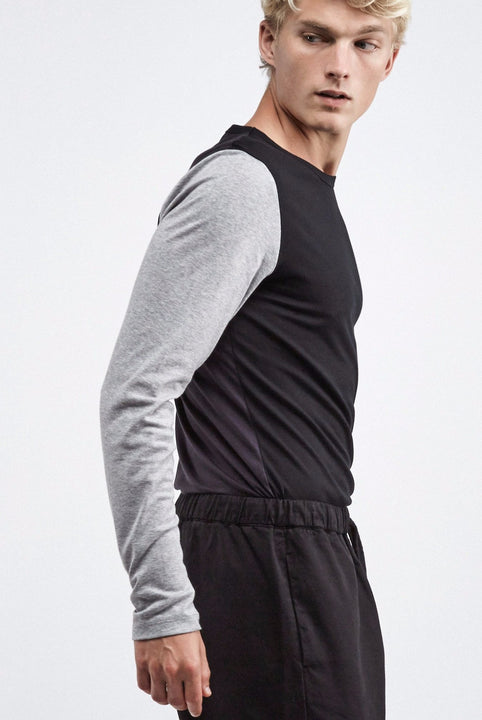 the white briefs long sleeved crew neck t-shirt with a slimmer fit in 100% organic pima cotton