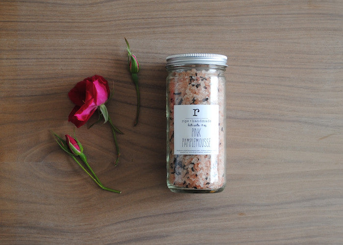 Pink Pamplemousse Sea Salt Soak