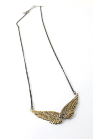 Victory Wing Necklace Bronze