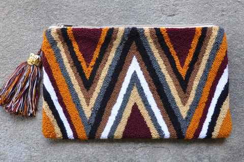 Arrows Clutch Maroon