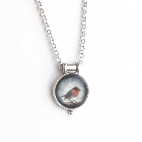 ENGLISH ROBIN - Miniature Pendant, Nature Jewelry