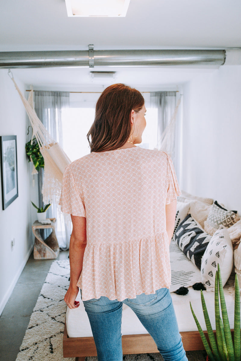 Clio Natural Peach Crinkle Top Tops Final Touch