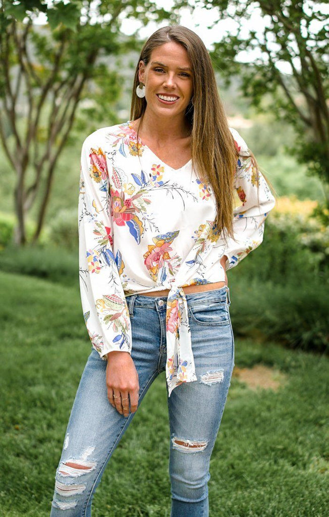 In Full Bloom Top Tops Peach Love Small White