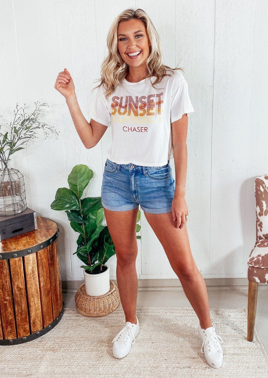 Sunset Chaser Tee Tops LE LIS