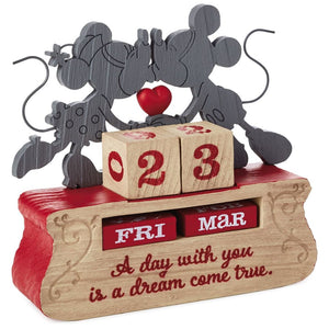 Hallmark Disney Mickey and Minnie Dream Come True Perpetual Calendar New