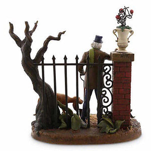 disney parks haunted mansion caretaker costa alavezos statue new with box