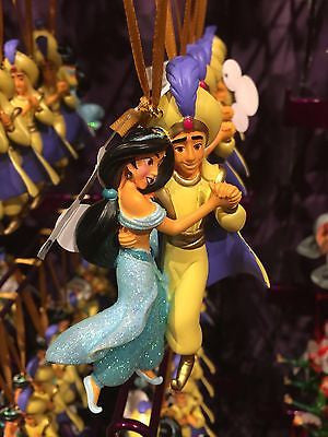 disney parks aladdin and jasmine resin glitter christmas ornament new with tag