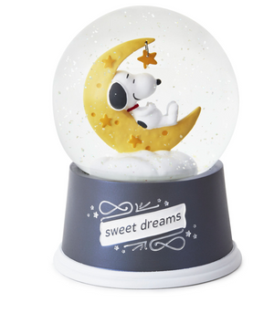 Hallmark Peanuts Snoopy Sweet Dreams Snow Globe with Light New with Tag