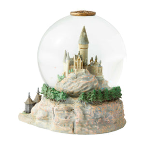 Harry Potter and The Sorcerer's Stone Hogwarts Castle Hagrid's Hut Snowglobe New