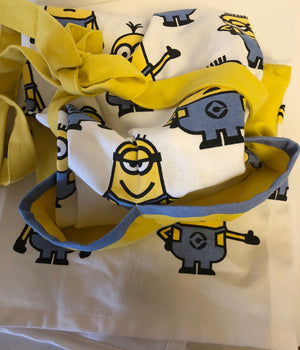 Universal Studios Despicable Me Minions Yellow Apron for Adults New with Tags