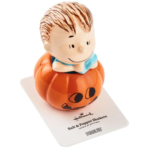 Hallmark Peanuts Linus Jack-o'-Lantern Stacking Salt Pepper Shakers Set of 2 New