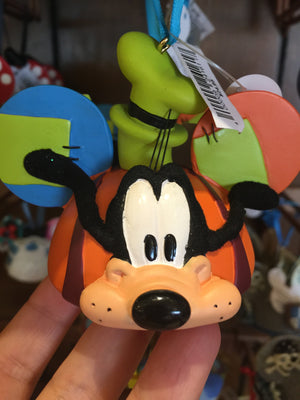 disney parks goofy resin christmas ear hat ornament new with tags