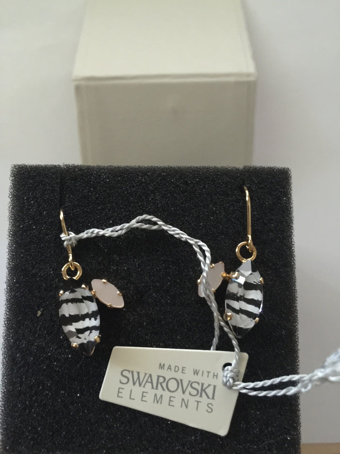 swarovski elements zebra/gold plated jungle earrings made in germany new with box