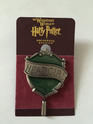 Universal Studios Harry Potter Slytherin Head Girl Pin New with Card