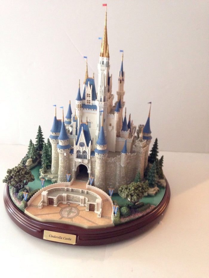 Disney Parks Main Street Figure Cinderella Castle by Olszewski New with Box