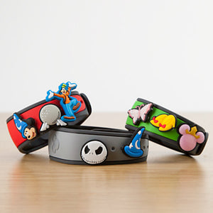 Disney Parks Mickey Mouse Minnie Donald Goofy MagicBandits Set Magic Band
