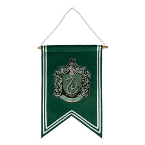 Universal Studios Harry Potter Slytherin House Crest Banner New with Tags
