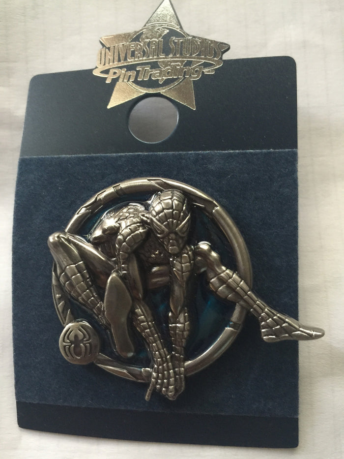Universal Studios Pin Trading Spiderman Blue Metal Pin New with Card