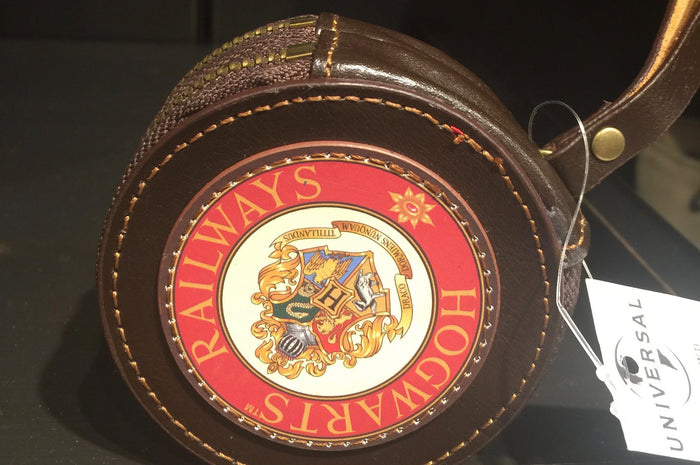 Universal Studios Harry Potter Hogwarts Railways Coin Purse New with Tags