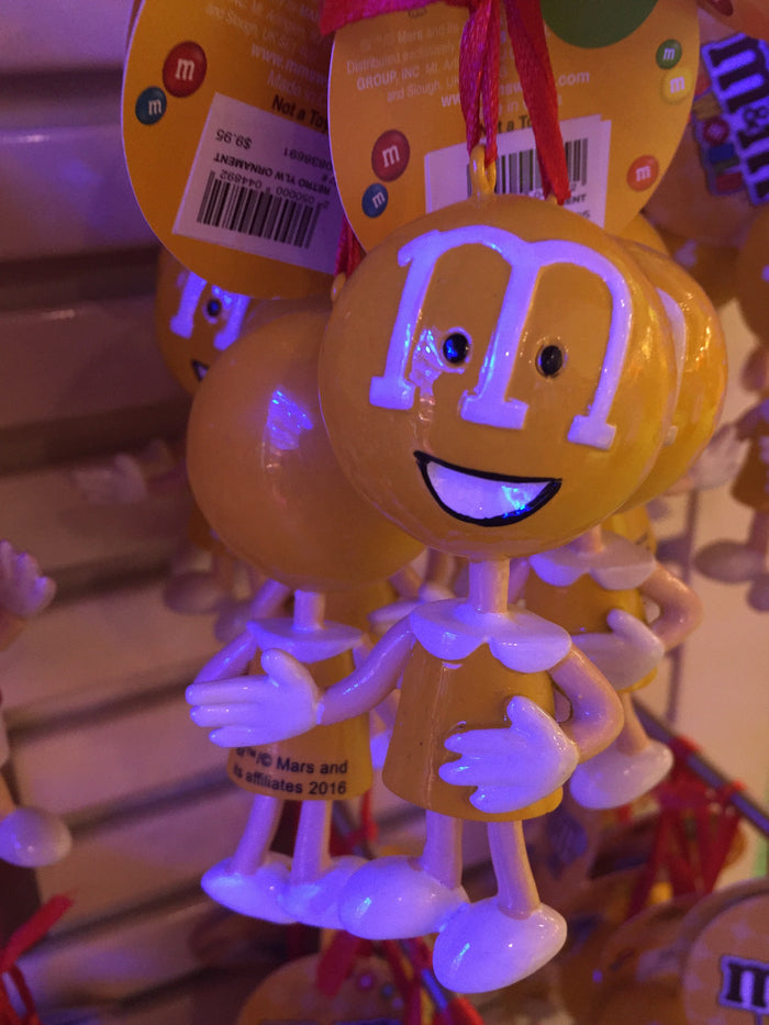 M&M's World Retro Yellow 75th Anniversary Christmas Ornament New with Tags