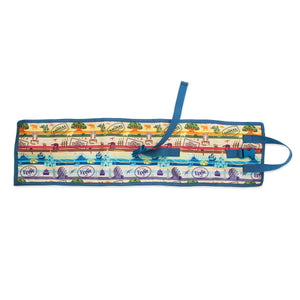 Disney Parks Walt Disney World Roll-Up Toiletry Organizer New with Tags