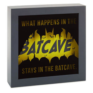 Hallmark DC Comics Batman Batcave 49Framed Light-Up Quote Sign New