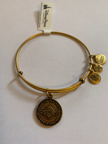 Alex & Ani Collection