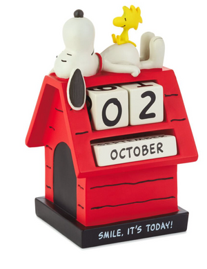 Hallmark Peanuts Snoopy Smile Doghouse Resin Perpetual Calendar New