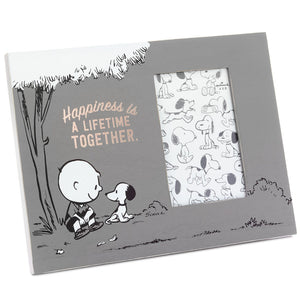 Hallmark Snoopy Charlie Brown Happiness is a Lifetime Together Picture Frame New