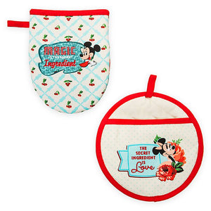 Disney Parks Back in the Day Mickey and Minnie Retro Oven Mitt Set New with Tag
