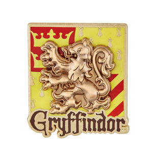 Universal Studios Harry Potter Gryffindor Crest Raised Pin on Pin New with Card