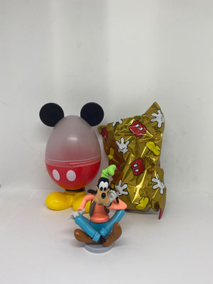 Disney Store 2020 Goofy Mystery Egg Hunt Figurine New with Case