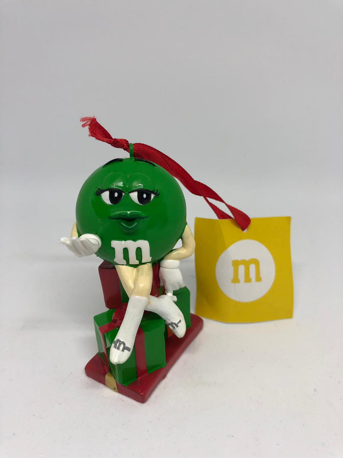 M&M's World Green Character with Presents Resin Christmas Ornament New with Tag