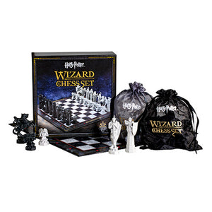 Universal Studios Harry Potter Wizard Chess Set New with Box