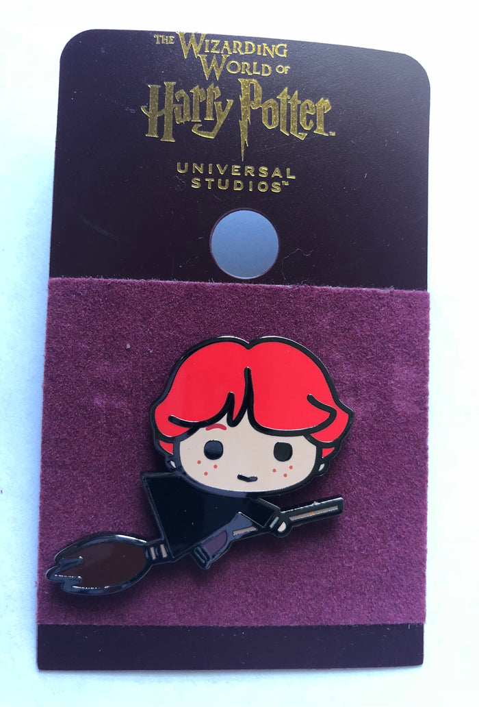 Universal Studios Wizarding World of Harry Potter Ron with Broom Pin New w Card