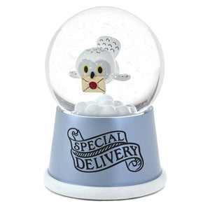 Hallmark Harry Potter Hedwig Special Delivery Musical Snow Globe New with Box