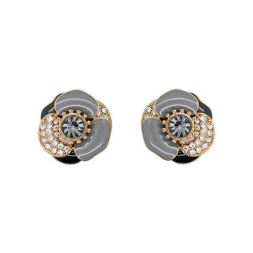 [SALE] Chic Camellia Earrings