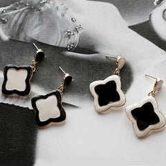 [SALE] Luis Clover Earrings