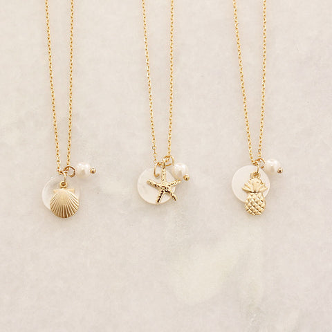 [SALE]  Mother of Pearl & Shell / Pineapple /Starfish Charm Necklace